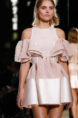 Total Look Rosa Balenciaga